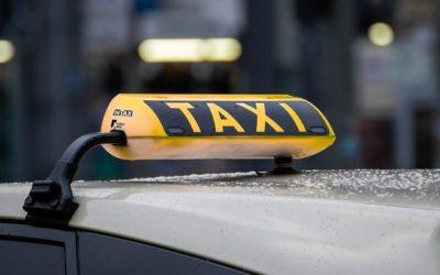 Digitale Beförderungs-Services wie MyTaxi machen Taxizentralen Konkurrenz und der Kunde profitiert